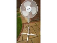 Free Standing 3 Speed Fan. Oscillating Fan. Benross Brand.