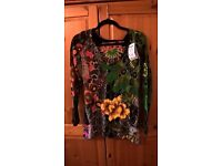 Desigual top brandnever worn new with tag. Size Small