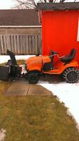 Lawn tractor/snowblower
