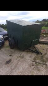 BOX TRAILER FOR SALE- HAS LIGHTS