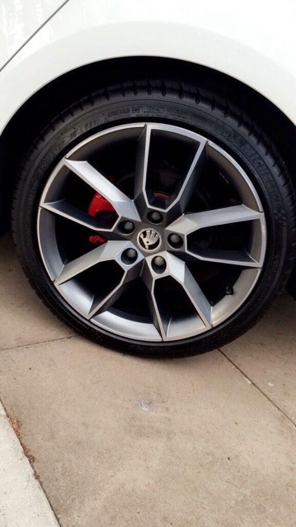 Skoda Octavia Alloy Wheels 18 Inch Gemini Anthracite Grey Metallic With Tyres In Hall Green