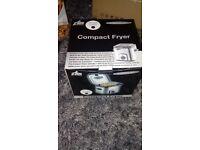 Compact fryer