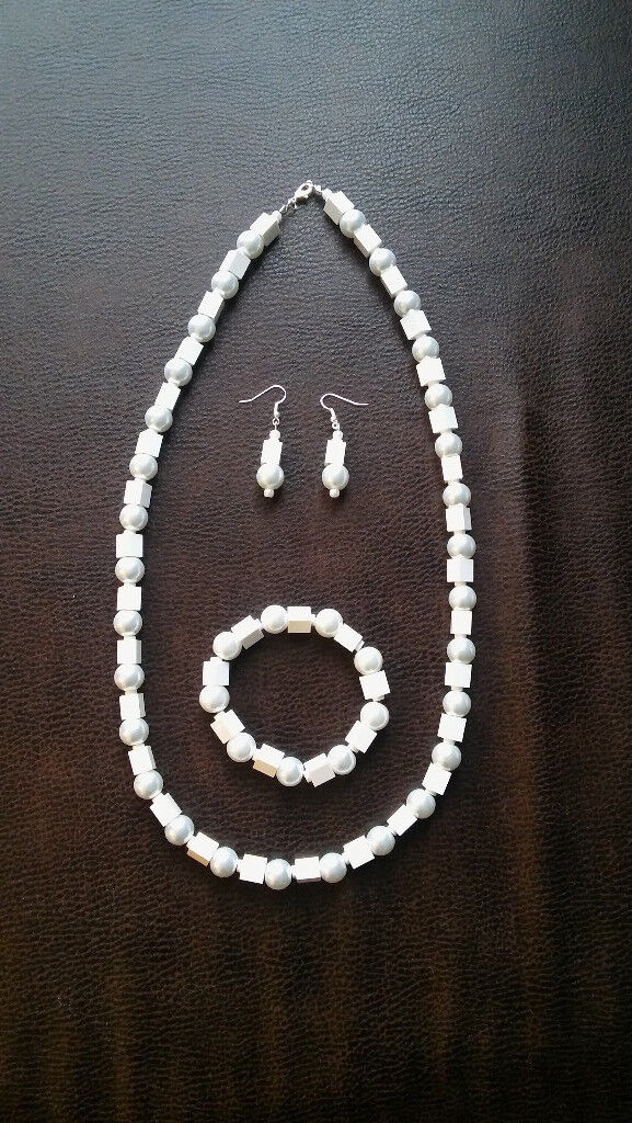 Lego bricks & pearl beads necklace, earrings and bracelet set
