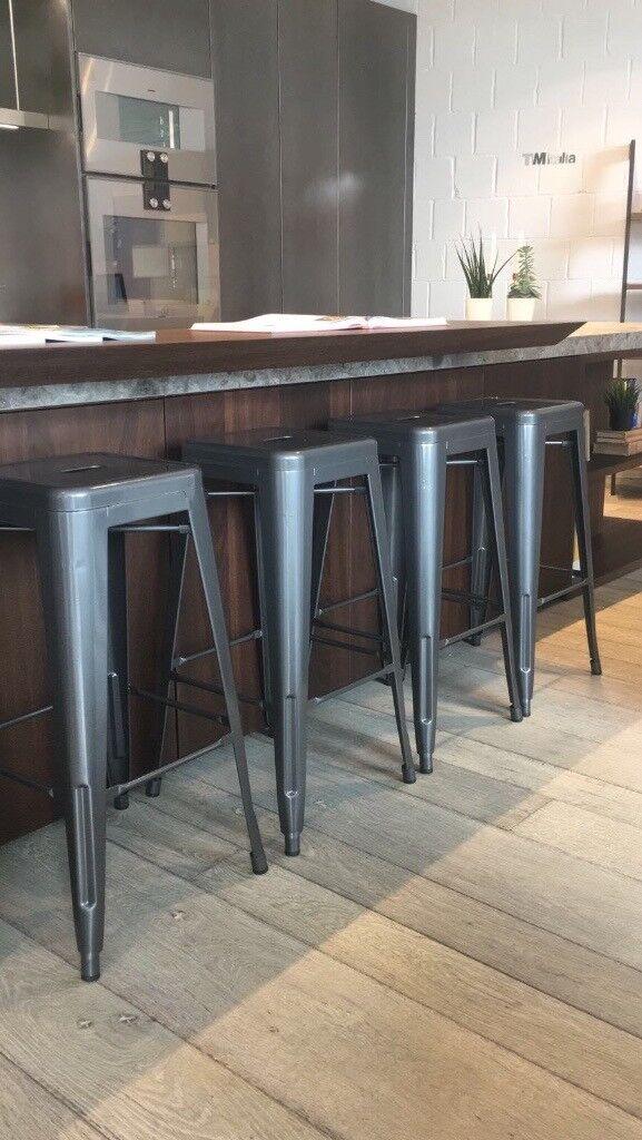 Set of 4 bar stalls - brand new £70