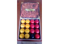 SET OF USED POOL BALLS FOR SALE