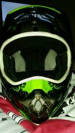 Oneal monster energy xl crosser helmet