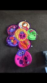 Spin & explore garden gym ideal for tummy time