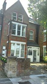 Richmond TW9 2AU 2 double bed furnished flat at £350 per week