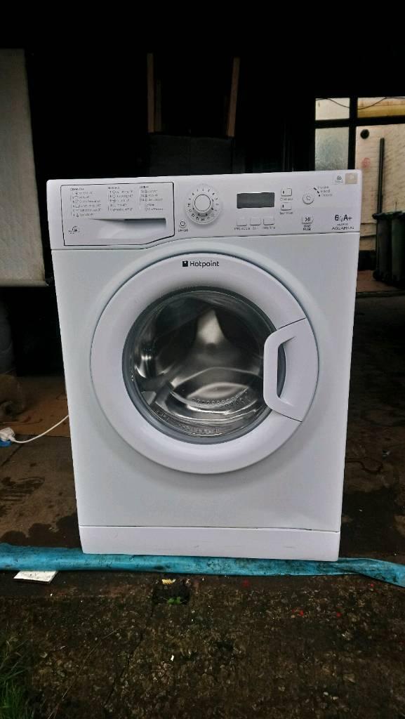 Hotpoint Aquarius slimline washing machine. Excellent condition.