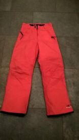 o'Neill ladies ski/snowboard trousers. size 38