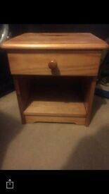 Bedside table with 1 drawer