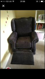 Recliner chair excellent condition!