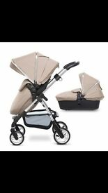 Silver Cross Pioneer full travel system in sand