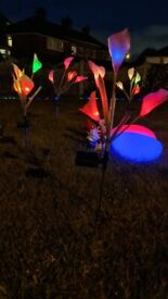 Solar Flower Lights 4 Pack with 16 Multicolour Changing Outdoors