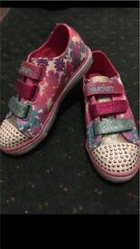 Skechers twinkle toes- size 1.5 *FLASHING LIGHTS*
