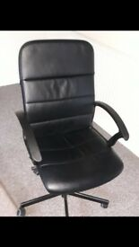 Black computer/office chair - £15