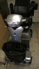 Quingo vitesse mobility scooter like new only used a few times
