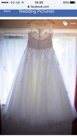 Wedding dress - stunning!