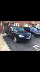 Low mileage Ford Focus ghia - excellent condition