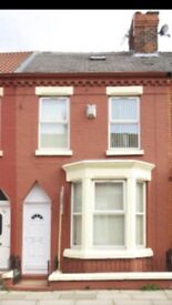 5 bedroom terraced house ideal for students