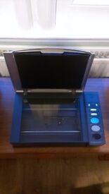 Plustek OpticBook 3000 Scanner