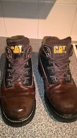 Men's Leather Caterpillar Boots. Size 9. Brown. Used But in VGC