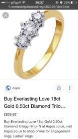 Beautiful everlasting gold 18ct 0.5ct
