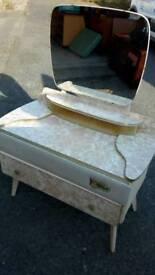 Vintage 3 piece bddroom suite