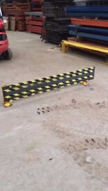 VERY HEAVY COMMERCIAL WAREHOUSE PALLET RACKING FORKLIFT GUARD PROTECTOR