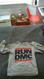 Run dmc mens top size S