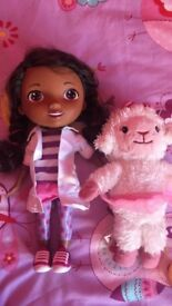 Doc Mcstuffins Doll and Lambie
