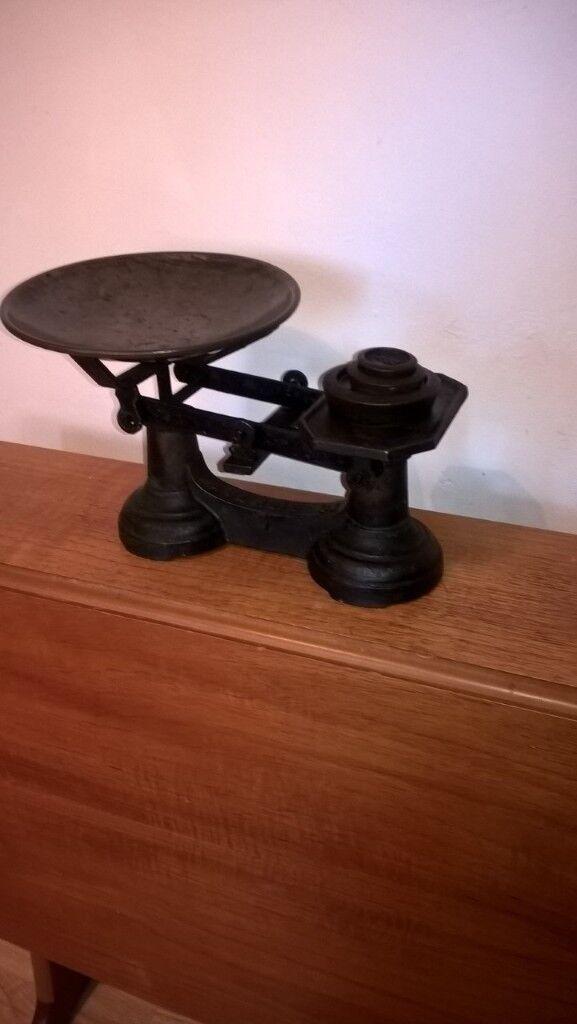 vintage cast iron kitchen scales