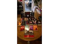 FAB COLLECTION OF 20 VAMPIRE BOOKS INCLUDES 2 SETS, ALL EXC COND SEE PICS ALL THE LOT FOR £10