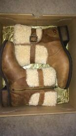 Uggg Australia Blayre ii shearling boots chestnut leather