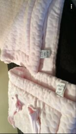 Must see pink soft cotbed quilt & bumper set