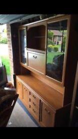 Large wooden dresser/drinks cabinet