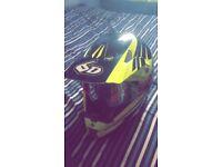 FULL CARBON 6D HELMET! Size M