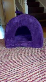 Purple igloo cat bed, hardly used