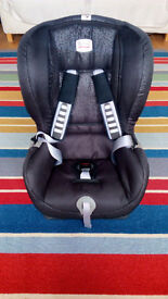 Britax Duo Plus Child Car Seat with IsoFix & TopTether (black) - Used but as new