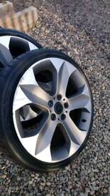 "19""alloy wheels"