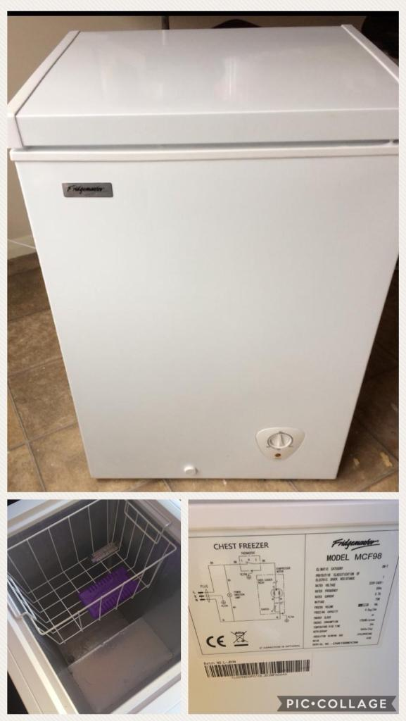 White chest freezer in good condition