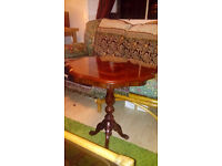 Coffee table beautiful vintage varnished mahogany and walnut - woodcut flower inset £15