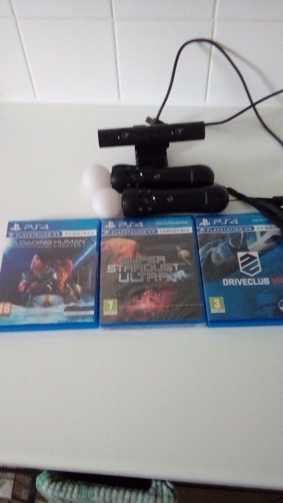 3 brand new Playstation VR games. Two playstion 4 move controllers. One Sony Playstation 4 camera.