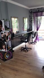Hairdressing salon in Cymmer available end of August