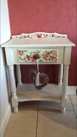 beautiful top quality expensive vintage unit - not long bought - selling very cheap for quick sale