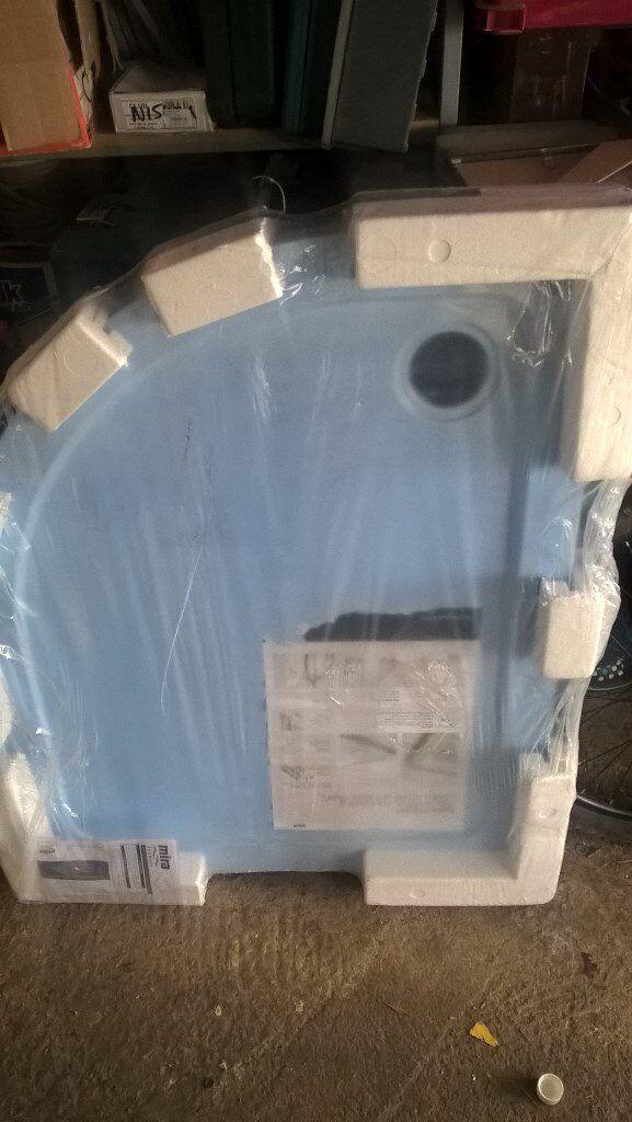 Mira Flight 1000 x 800 Low Level Quadrant Shower Tray. Unused (Right Hand)
