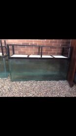 Fishtank 5ft length, 2ft depth, 1ft 6inch wide, holds 112 gallon, stand and glass included