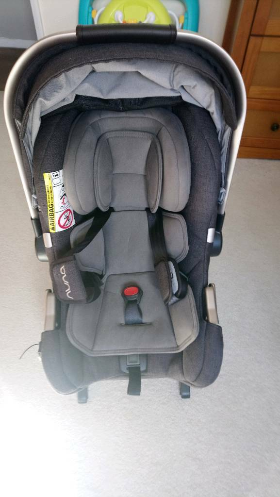 NUNA BABY CAR SEAT AND ISOFIX | in Sunderland, Tyne and Wear | Gumtree