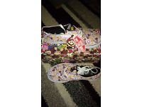 BRAND NEW IN BOX NINTENDO MARIO KART PRINCESS PEACH VANS UK SIZE 3