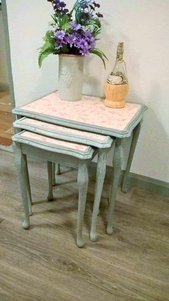 Nest of tables - shabby chic